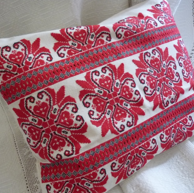 Hand embroidered cross stitch cushion coverparna