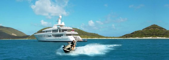 rental a yacht
