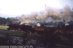 Ty2-882 z pociagiem Chabówka-Nowy Sącz. 12.VII.1987. Fot. Roelof Hamoen.