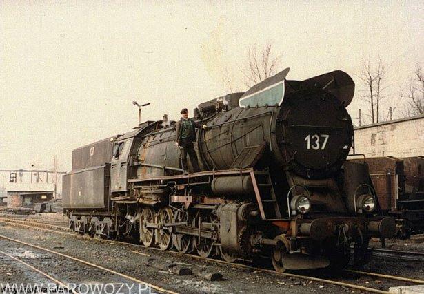 Ty51-137 Pyskowice Kotlarnia około 1990-1991roku. Fot.: Krzysztof Jakubina ze zbiorów Jacka Chiżyńskiego