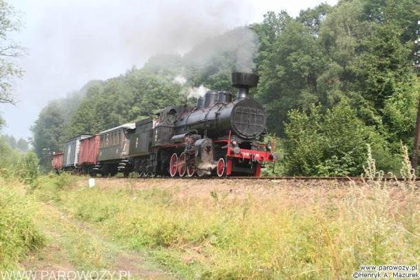 Tr12-25 z pociągiem towarowym, Rabka-Zdrój. Parowozjada'2006-przejazdy z Rabki Zarytego do Chabówki. Fot.: Henryk Mazurek.