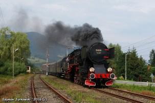 Ty42-24 z pociągiem Chabówka-Mszana Dolna. 21.08.2016. Fot.: Szymon Jurkowski.