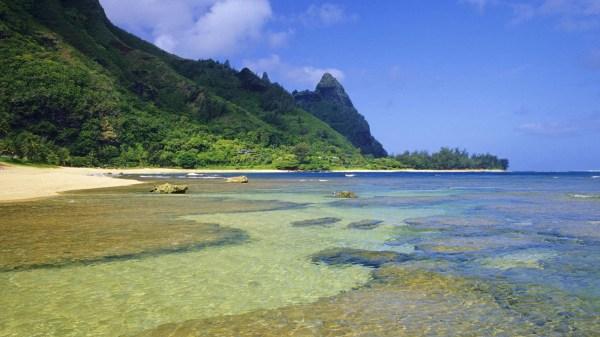 Snorkeling Tunnels Beach Kauai