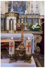 Chiesa di Viarolo - altare e tabernacolo