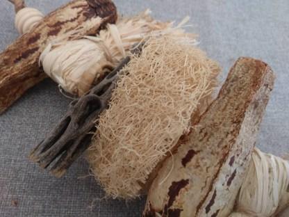 lil-sampler natural bird toys