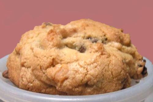 Levain Bakery Copycat Chocolate Chip Walnut Cookie