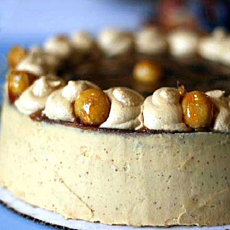Caramel Cake with Caramelized Butter Frosting filled with Chocolate Ganache