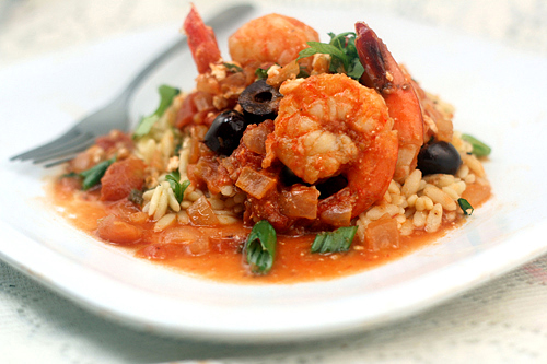 Skinny Baked Sriracha Shrimp with Feta and Tomatoes