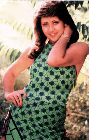 Actress  Nooshafarin