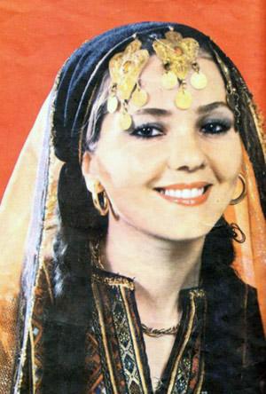 Model in traditional Iranain costume