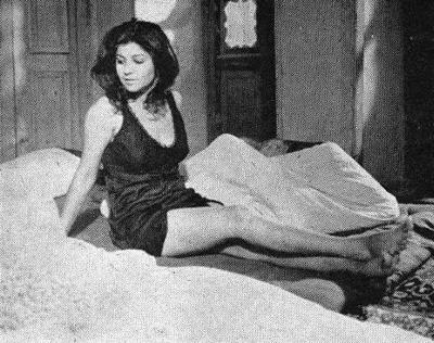Actress Zari Khoshkam