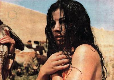 Actress Pouri Banaei
