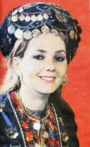 Model in traditional Iranain costume