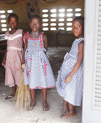 Écolières en Côte d'Ivoire