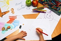 1239803_girl_drawing_back_to_school