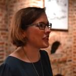 Catherine, la Présidente du GLA Bruxellois en pleine organisation