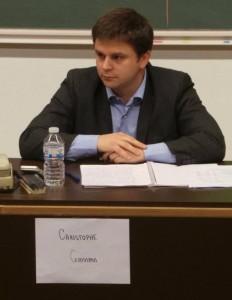 """Christophe Goossens aux autres participants : """"Oseriez-vous jurer aux étudiants dans cette salle qu'ils toucheront un jour une pension ?"""""""