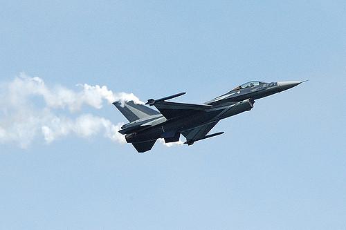 La Belgique doit-elle remplacer ses avions F16 ?