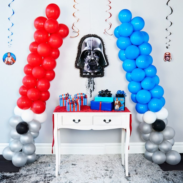 DIY Star Wars Lightsaber Balloon Party Decoration