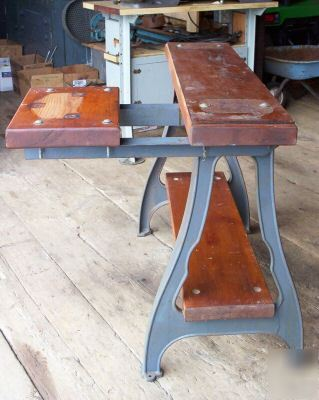 Cast legs stand bench table south bend lathe very nice
