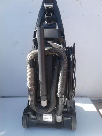 Bissell Total Floors 52C2W Bagless Upright Vacuum FREE