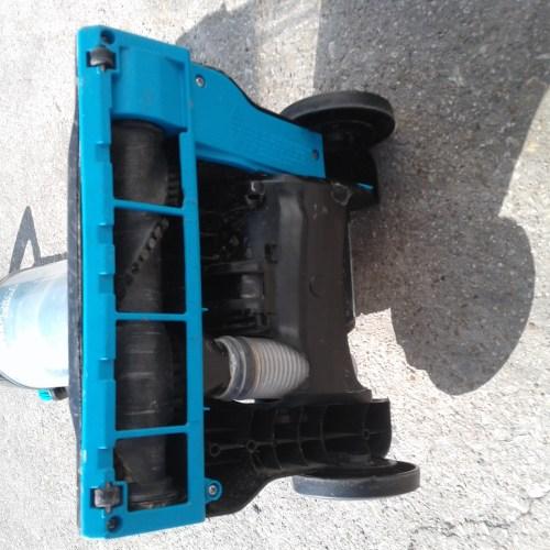 small resolution of lightweight bissell vacuum 2112