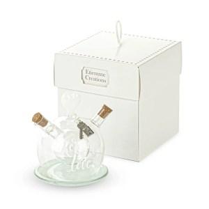 Bomboniere matrimonio utile  olio e aceto in vetro linea love con scatola-0