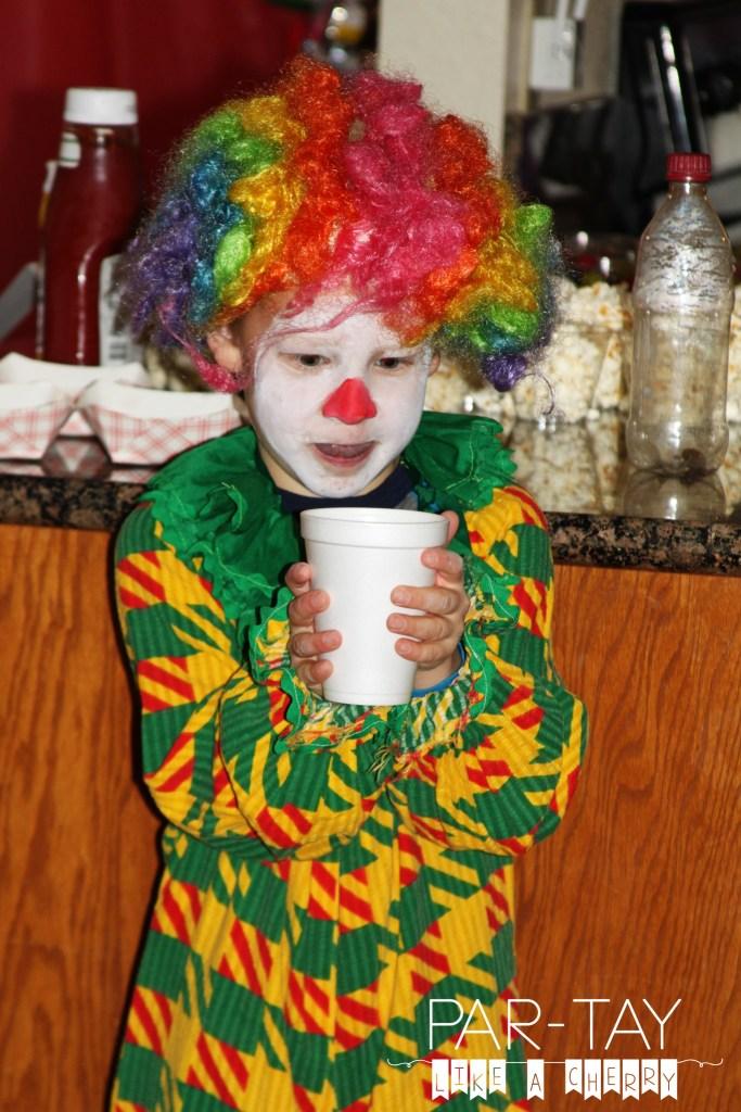 clown magic show at circus party