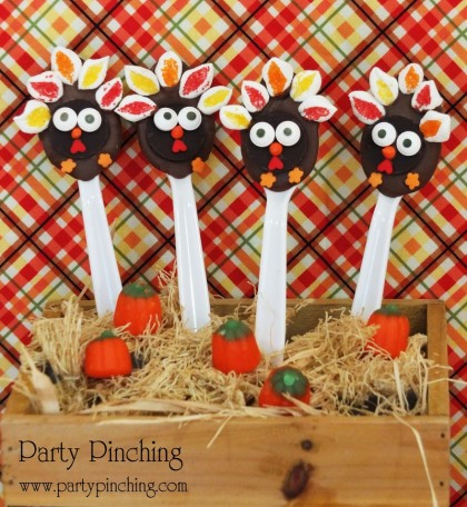 turkey chocolate spoons, hot chocolate, thanksgiving dessert, cute food