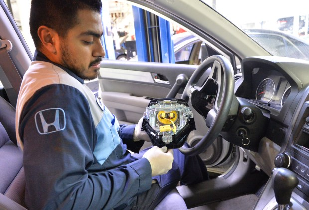 The Latest Development Of The Takata Airbag Recall Involves Toyota According To A Report Published By News Outlet Cbs Most Recent Turn Events Sees