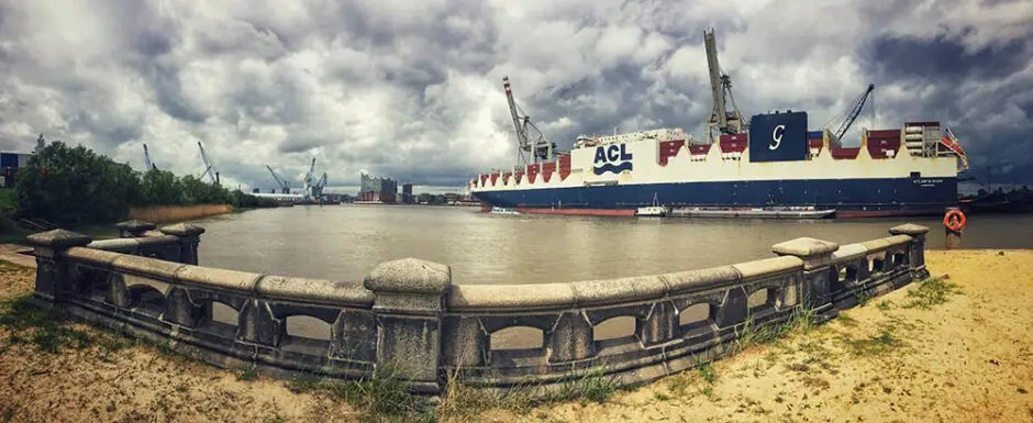Lost Place an der Elbe in Hamburg - Fotografiert mit einem iPhone 6