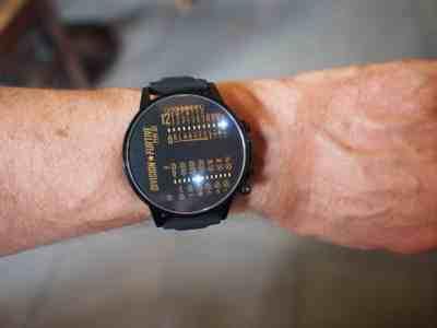 C'est une grosse montre.