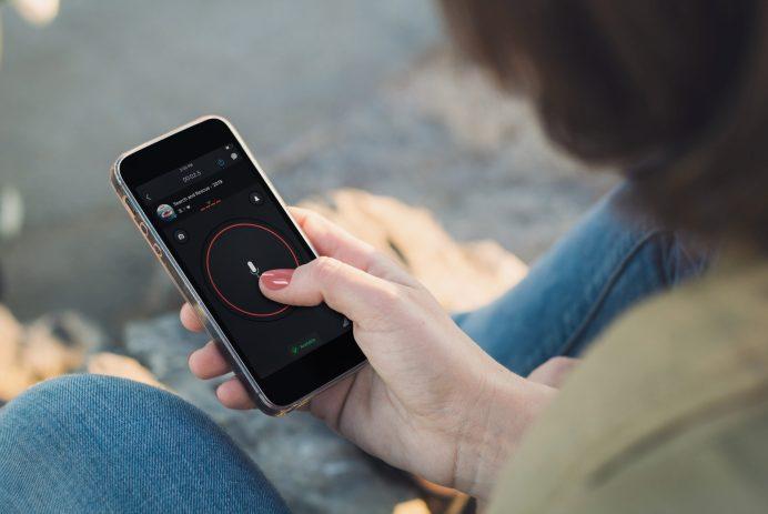 Zello PTT walkie talkie téléphone application