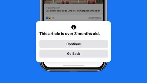 Facebook prévient la transmission de veilles nouvelles désinformation.