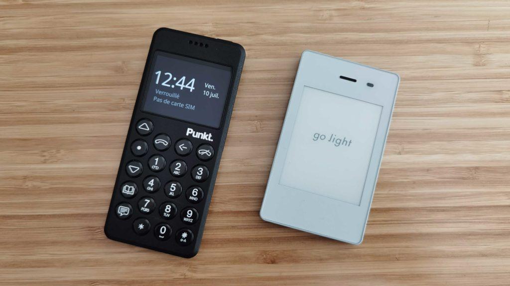 Comparaison Light Phone 2 VS Punkt MP02 côte à côte