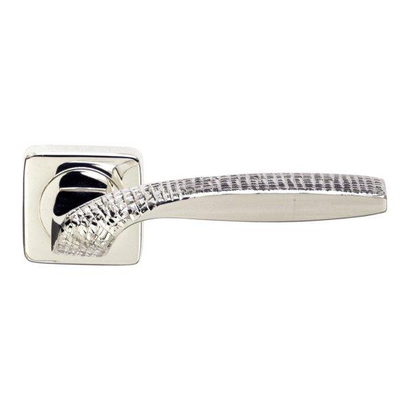 Handle on rose silver stone quadrata jewellery
