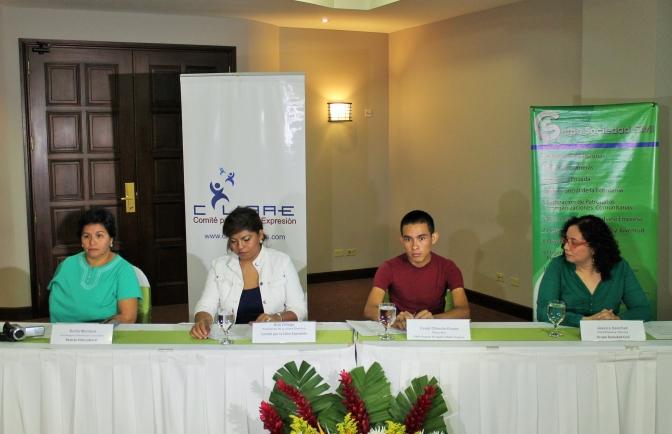 Testimonio de periodistas evidencia trato violento de la policía y el ejército hacia labor informativa en Honduras