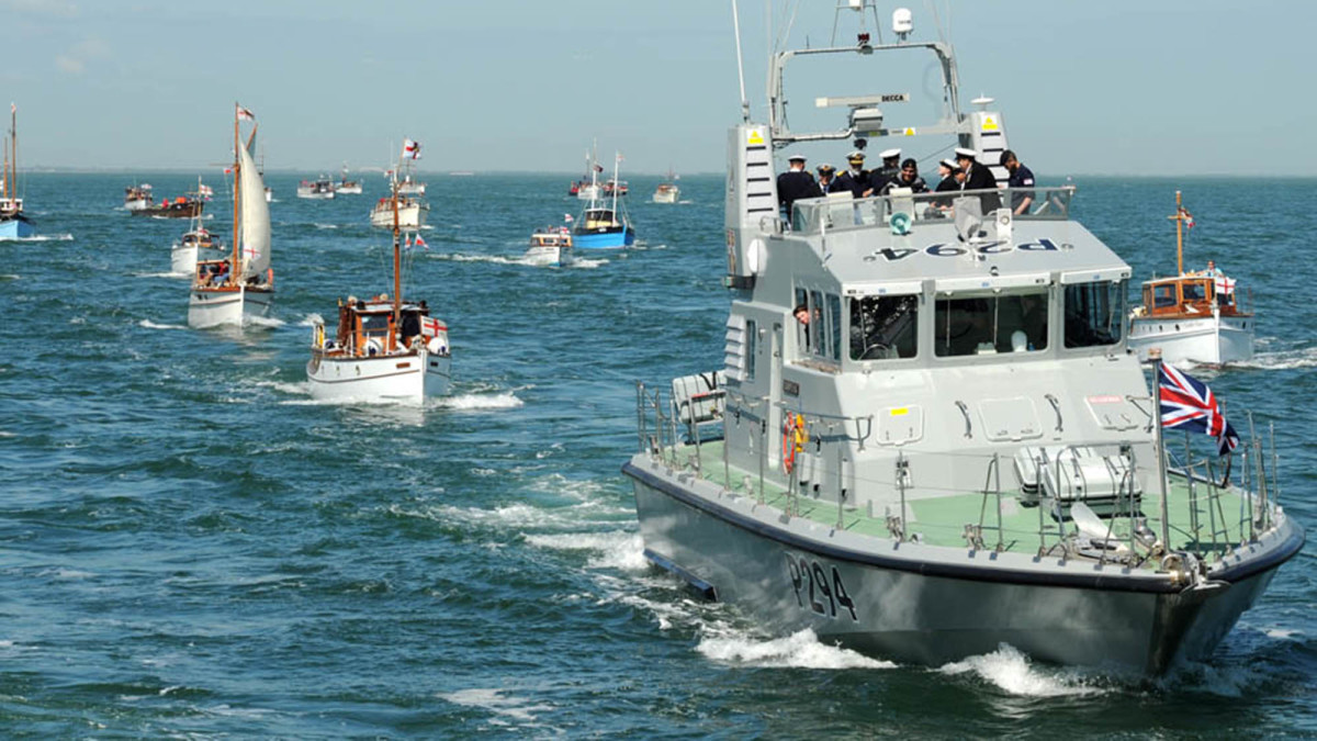The Story Of The Dunkirk Little Ships How 700 Yachts And