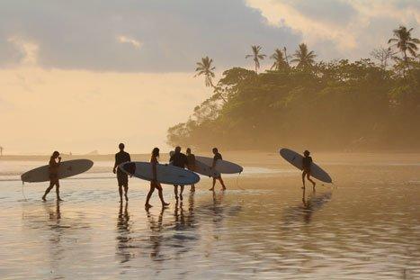 Le destinazioni migliori per fare surf
