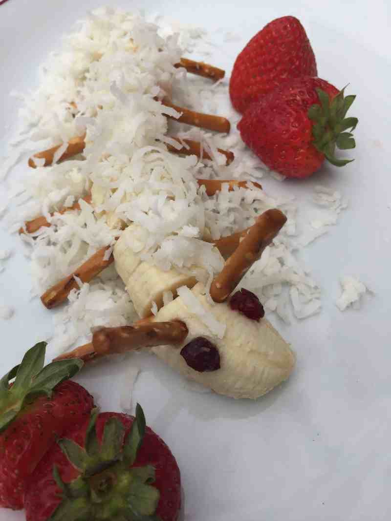 Banana Caterpillars. Easy recipes to make with kids.