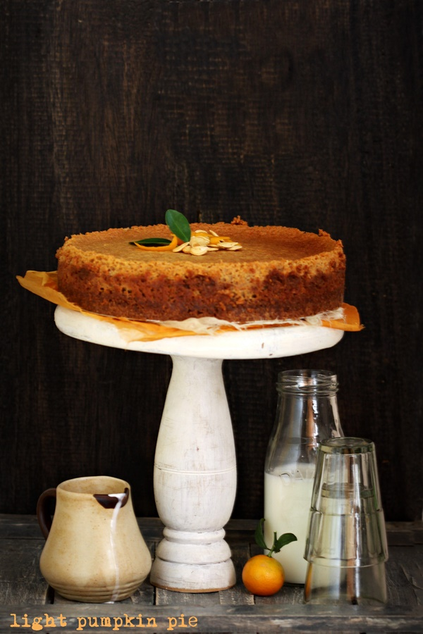 Baking |Light Pumpkin Pie … pie that thinks it's a cheesecake #fall #dessert #pumpkin