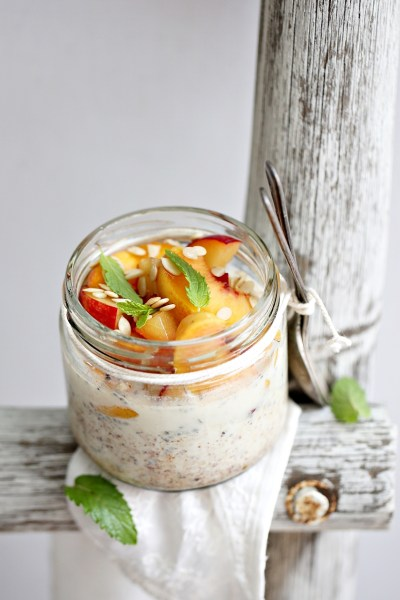 No Cook | Overnight Thandai Oats with Peaches & Plums. Summer is for breakfast like this