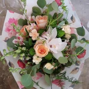 Kelowna Flower Delivery Shop   Flower Arrangements & Bouquets - Passionate Blooms