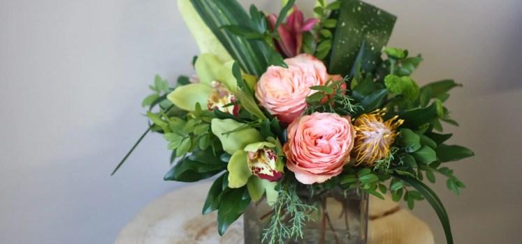 florist floral flower bouquet arrangements blossoms spring kelowna delivery passionate blooms