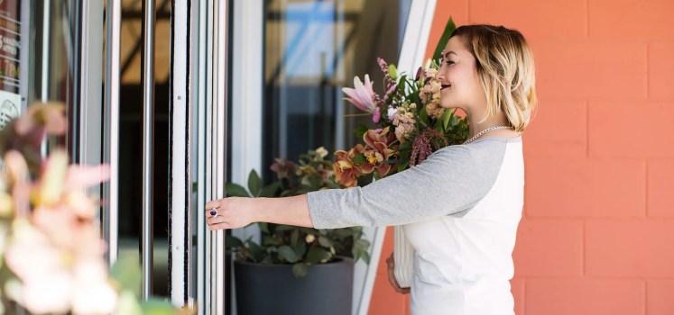 Floral ArrangemKelowna Flower Delivery Shop | Flower Arrangements & Bouquets - Passionate Bloomsent Delivery Kelowna | Passionate Blooms | Okanagan Florist
