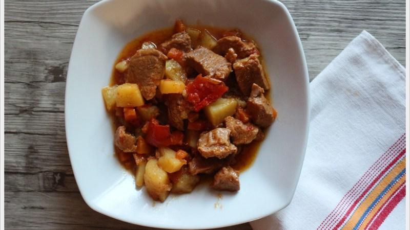 Gulash tipico piatto ungherese