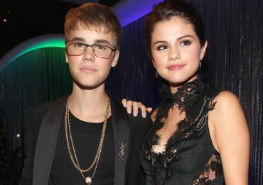 Justin-Bieber-Selena-Gomez1-370x261