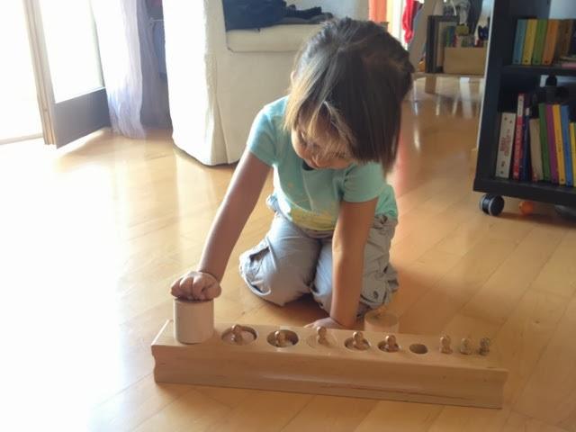 metodo montessoriano giochi