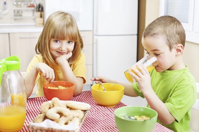 regole per corretta alimentazione nei bambini