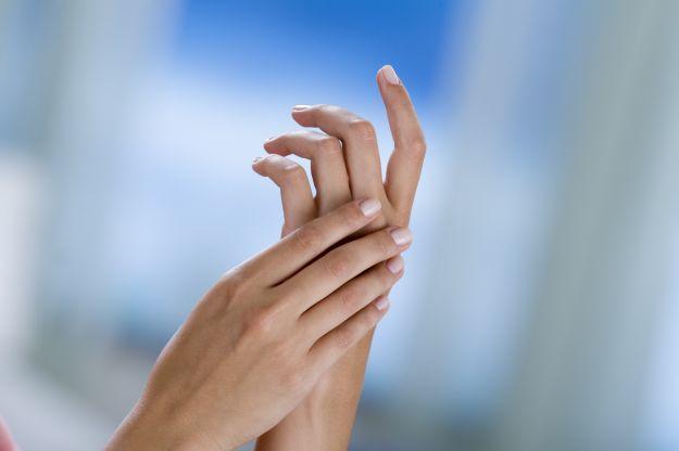 ricostruzione unghie in gravidanza: cosa scegliere? - passione mamma - Lampade Solari In Gravidanza